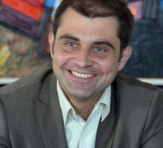 Dr. Kiril Velichkov