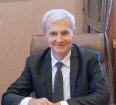 Юрий Генов