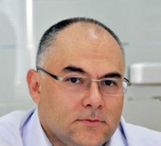 Теодор Захов