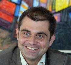 Dr. Kiril Velitchkov