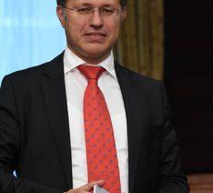 Петър Бозаджиев